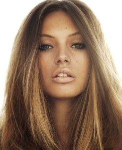 صبغة شعر للبشرة الحنطية