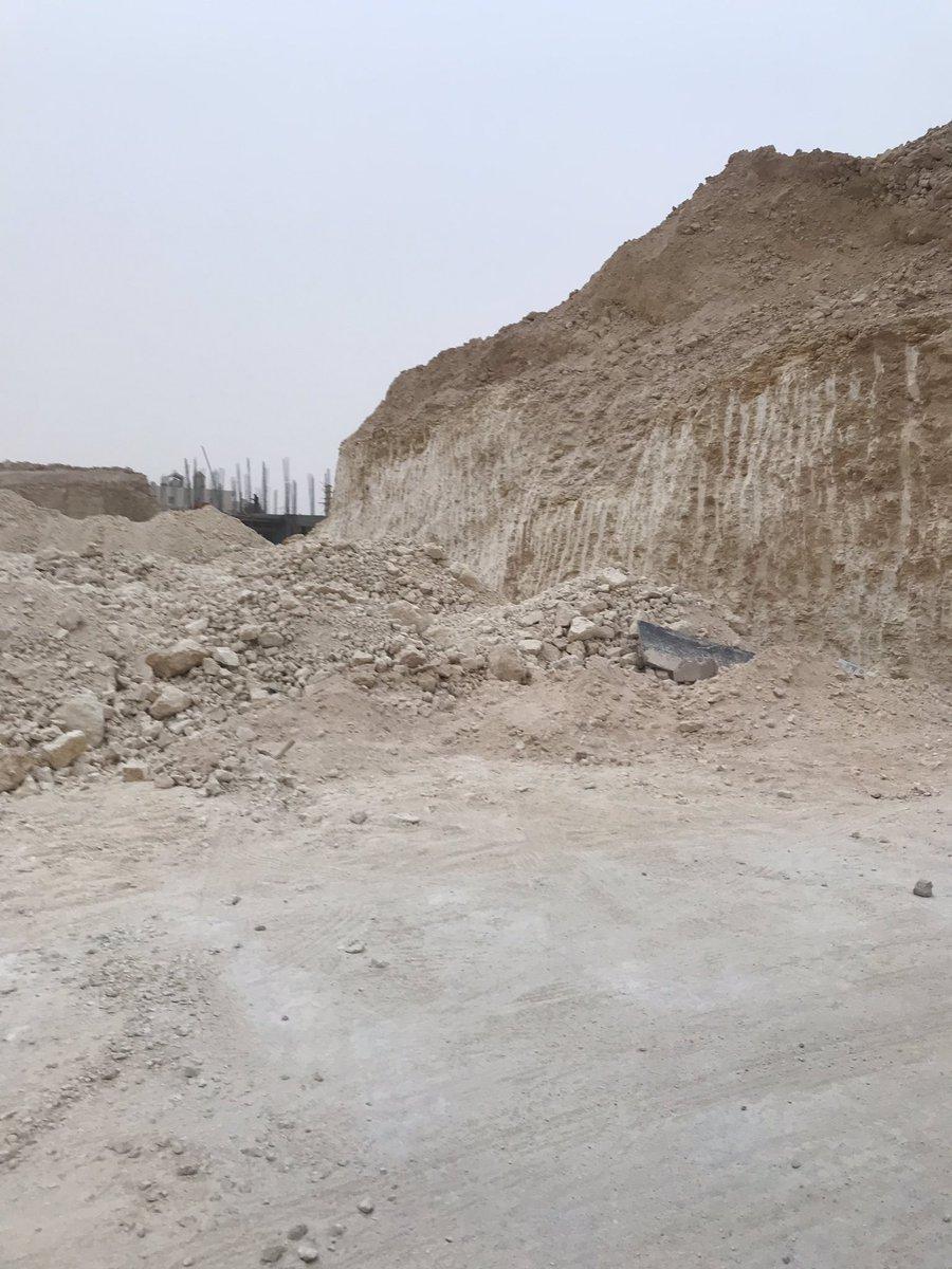 خطوات بناء السور الخارجي و بيت العمر