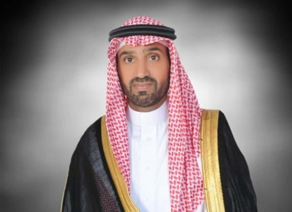 صورة وزير العمل والتنمية احمد الراجحي