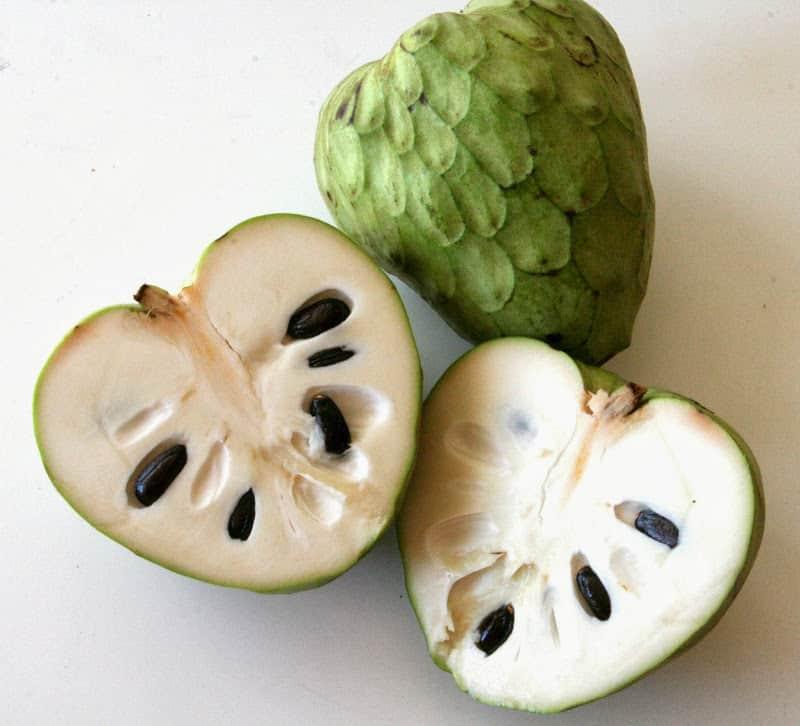 فاكهة القشطة