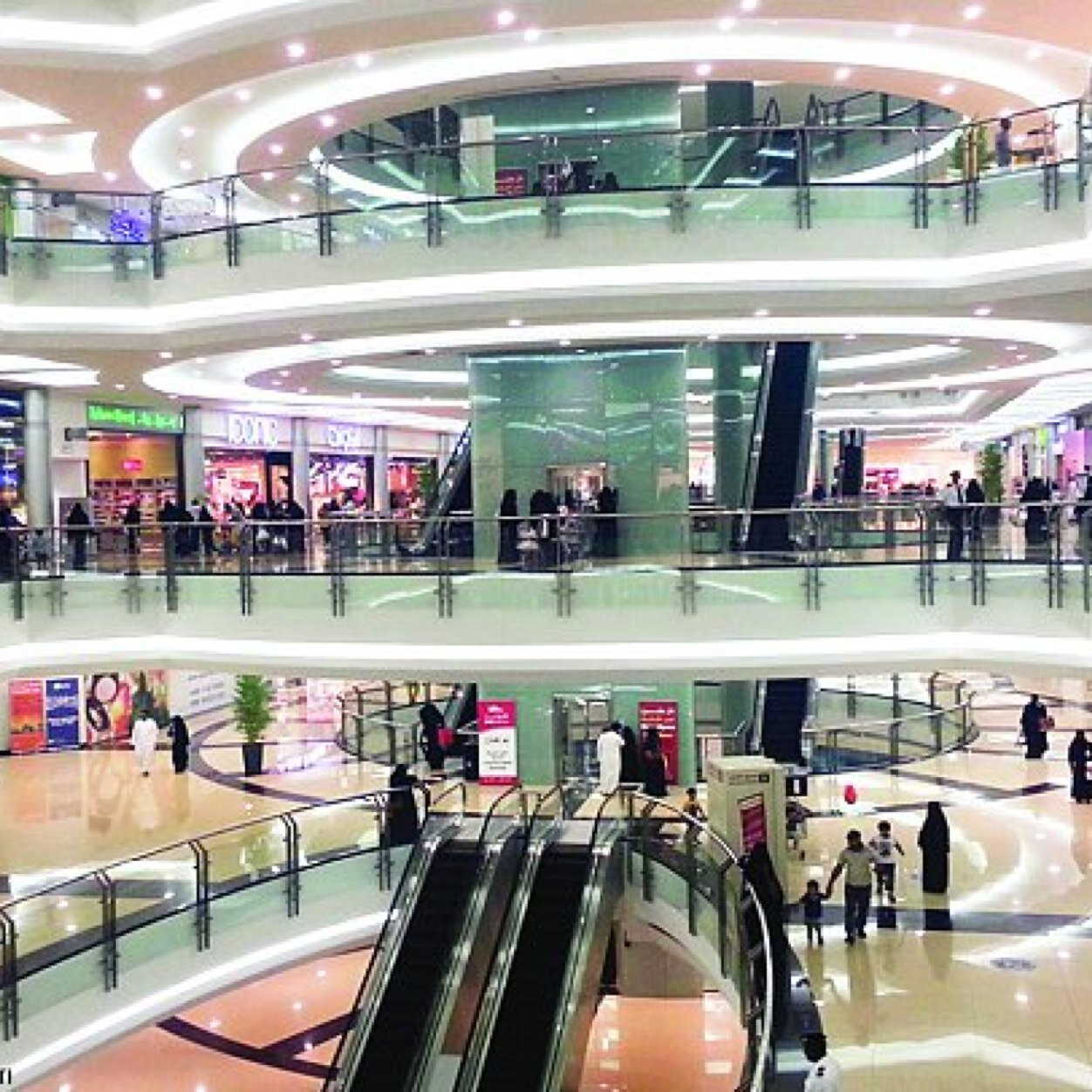 مولات شامله في الرياض