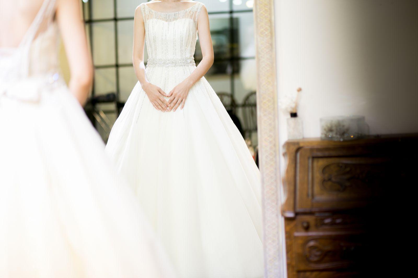 غسيل فستان زفاف